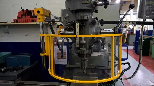 milling machine fitted with a safety guard