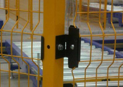 perimeter fencing bracket